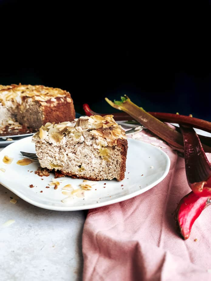 Rhubarb and almond pair up beautifully in this plant-based vegan and gluten-free Rhubarb Almond Cake. A subtle hint of vanilla, cardamom and lemon zest add the necessary depth. This cake is sweetened with birch sugar, making it a suitable cake for all ages and diets.